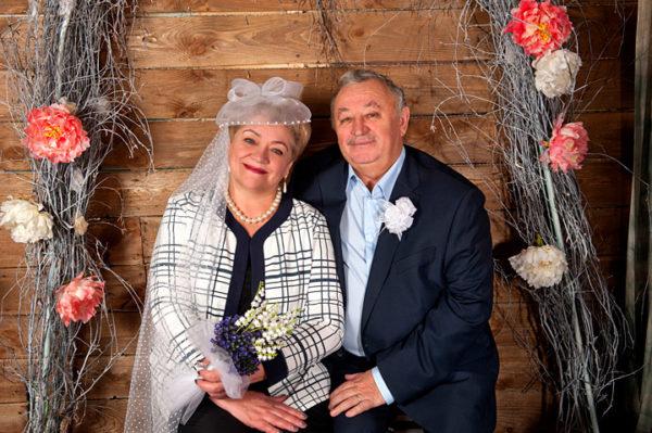 Семейная фотосессия супружеской пары