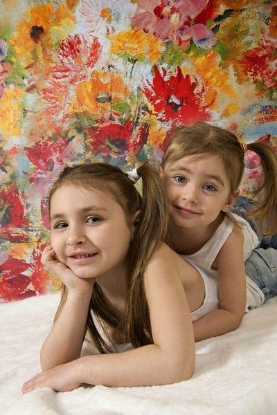 Семейная фотосессия: 2 сестры