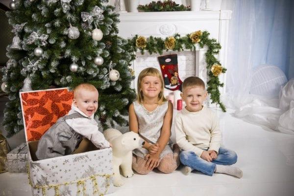 Семейная фотосессия у ёлки