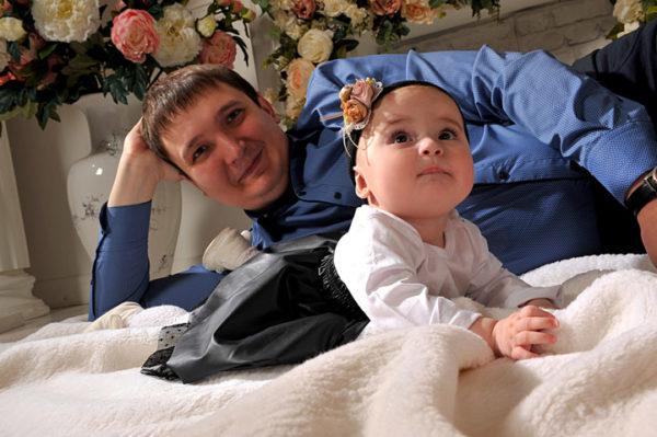 Семейная фотосессия - отец и дочь