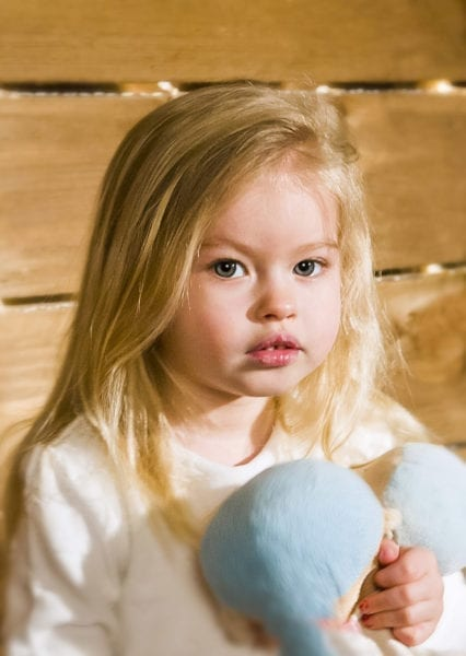 Девочка на детской фотосессии